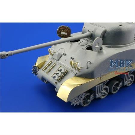 Sherman Firefly Mk.Ic Hybrid fenders