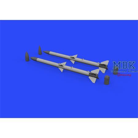 AIM-120A/B AMRAAM 1/32