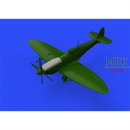 Spitfire Mk. VIII top cowl 1/48