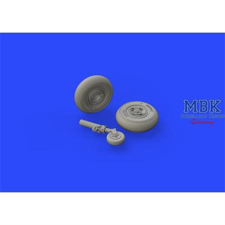 Spitfire Mk. VIII wheels - 4 spoke w/smooth   1/72