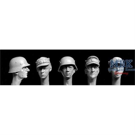 5 heads Volkssturm 1945
