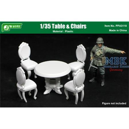1/35 Table & Chairs