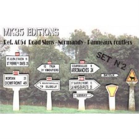 Normandy Signposts Set 2  1:35
