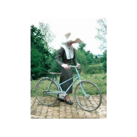 Nonne mit Fahrrad 1:35