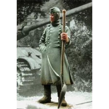 Deutscher Soldat mit Schaufel in der Hand  1:35