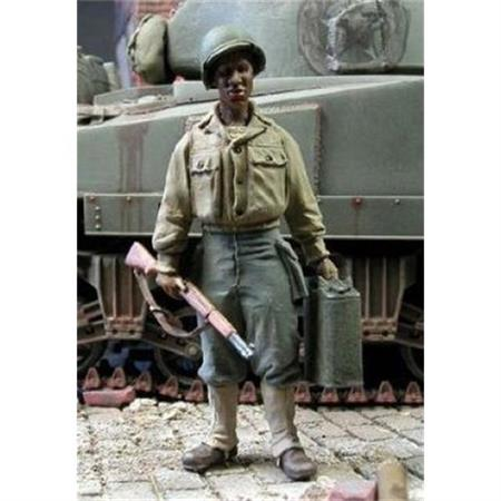 US Soldier carrying a jerrycan 1:35