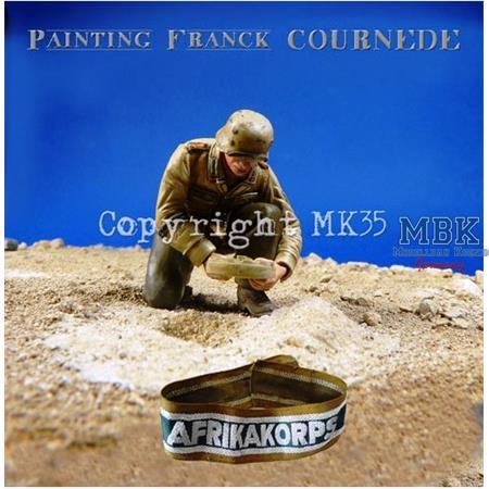 """""""Achtung Minen""""  DAK Soldier 1/35"""