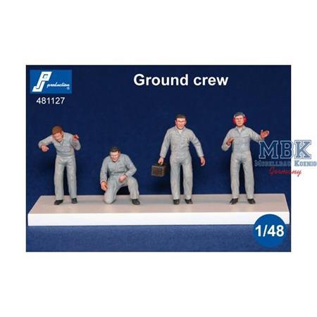 Ground crew - 4 figures