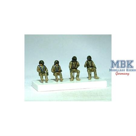 "UH-60 ""Black Hawk"" crew - 4 figures"