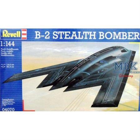 B-2 Stealth Bomber 1:144