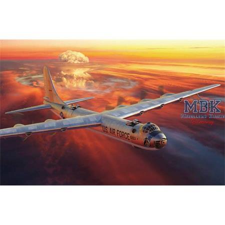 Convair B-36D Peacemaker 1:144