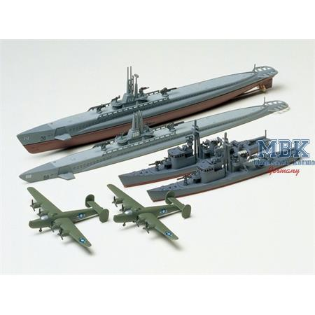 US Gato Class & Japanese Submarine Chaser No.13
