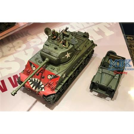 US M4A3E8 Sherman Easy Eight Korea + GAZ67B