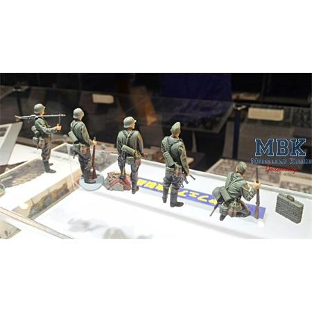 German Infantry Set - Mid War WWII