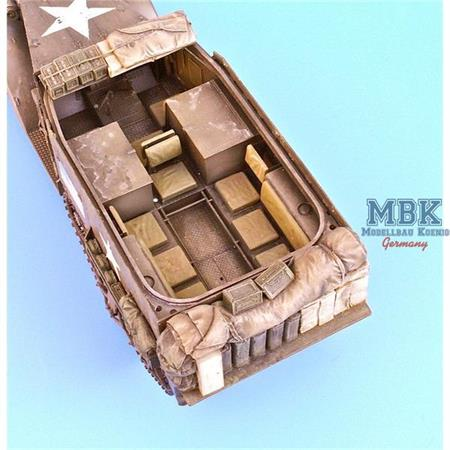 Rear stowage for M2/3 half tracks