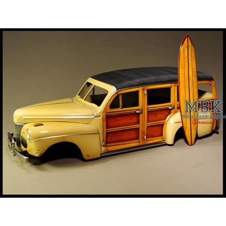 """""""Woodie Special"""" Woodgrain Cars, 1/24 - 1/25"""