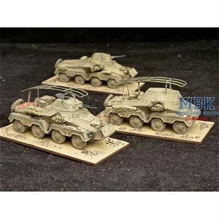 Sd.Kfz. 231 8Rad Spähpanzer  (3 Stück + Figuren)